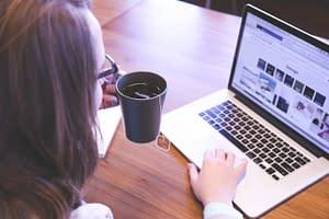 student-woman-design-website