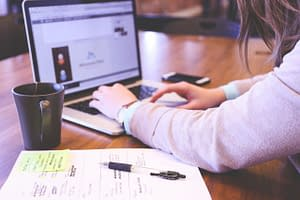 keyboard-laptop-typing